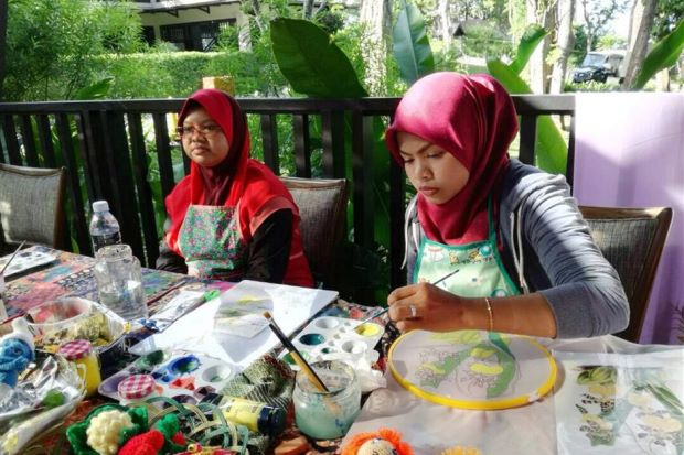 Disabled youths from Nady embrace creative side at live painting demos