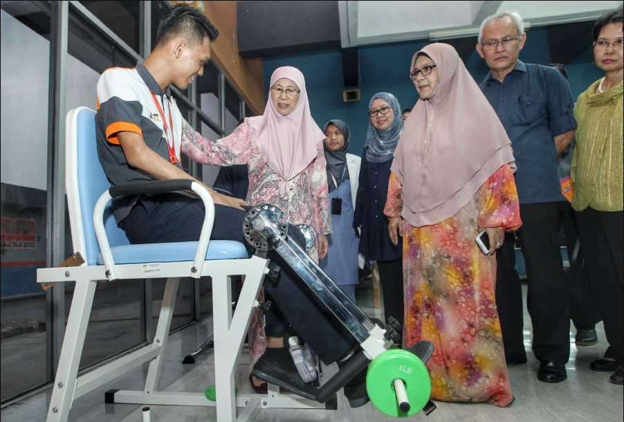 551 community-based rehab centres set up to assist the disabled: Wan Azizah