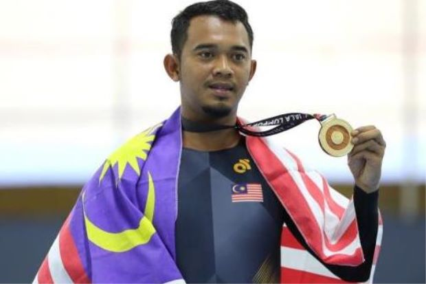 Zuhairie wins Malaysia's first para cycling gold
