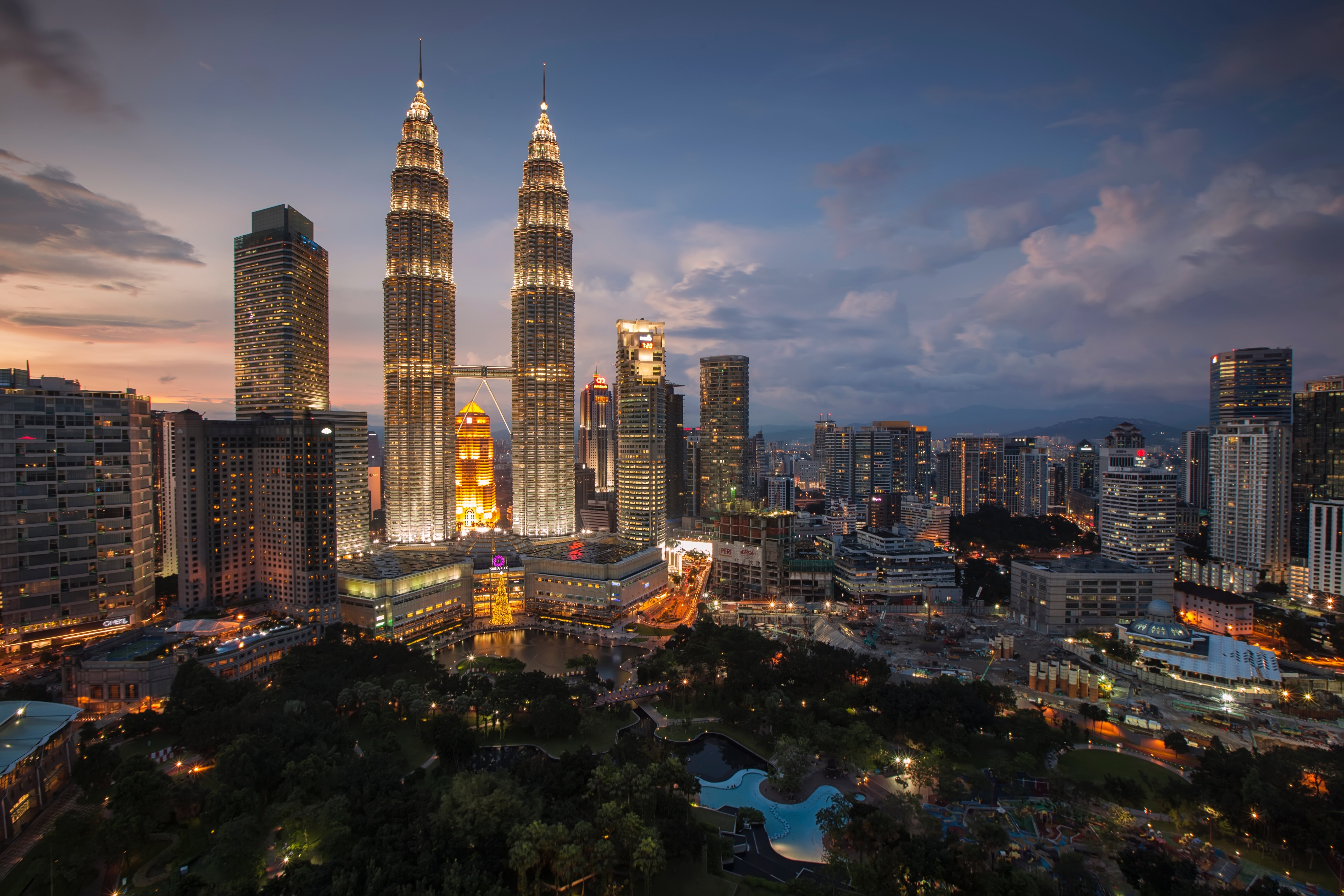 Wheelchair-accessible attractions for Malaysian tourists