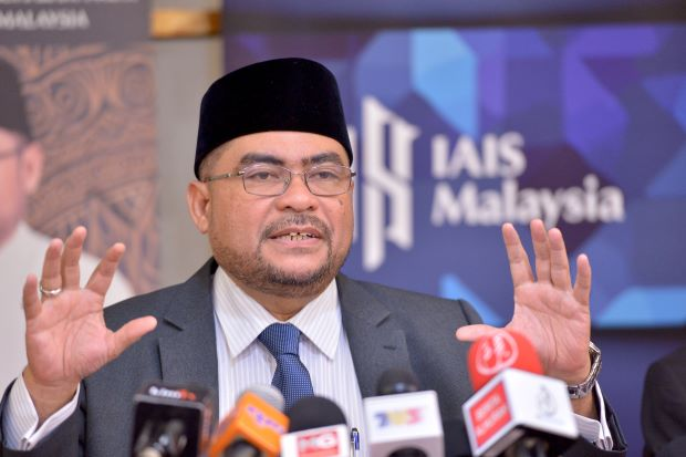 Mujahid admits his car was parked at disabled parking bay, apologises