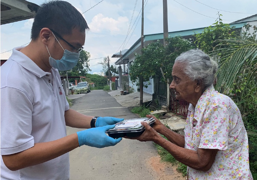 MCO: Restaurateur heads effort to feed Penang's disadvantaged