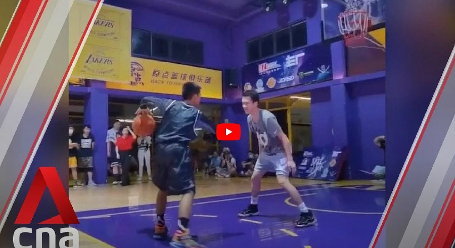 Watch: One-armed Chinese boy dazzles NBA star Curry